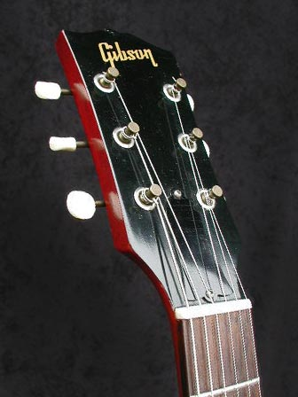 1962 Gibson ES-125 TC headstock front with Gibson logo