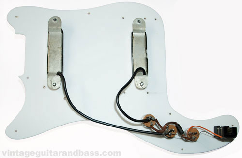 Under the scratchplate - pickups and associated circuitry