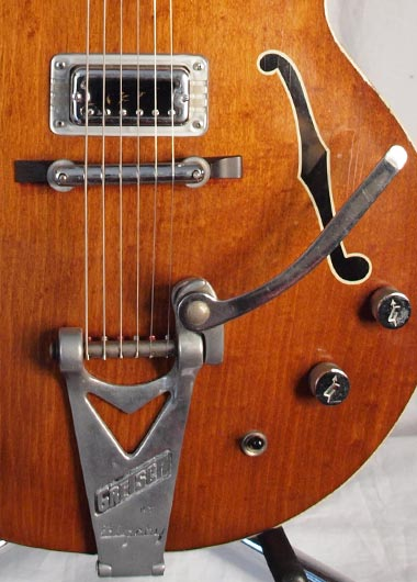 1965 Gretsch Tennessean bridge and Bigsby tailpiece detail