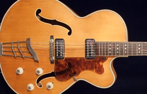 1965 Hofner President, Blonde >> Vintage Guitar and Bass