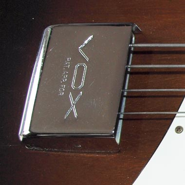 1965 Vox Bassmaster bass - bridge cover detail