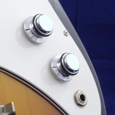 Vox Panther bass control knobs