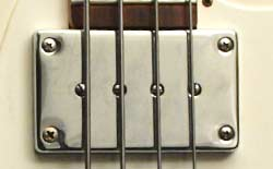 Kalamazoo KB bass pickup detail