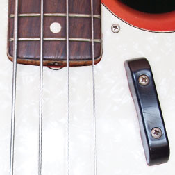 Fender Mustang bass rosewood fingerboard