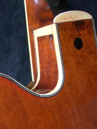 1971 Gretsch Chet Atkins Country Gentleman - heel detail