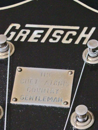 1971 Gretsch Chet Atkins Country Gentleman - headstock model plate detail
