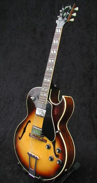 1974 Gibson ES-175D front view