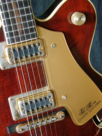 1976 Chet Atkins Gretsch Country Gentleman - scratchplate detail