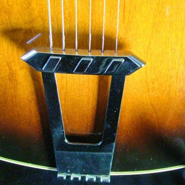 1979 Gibson ES-175D - tailpiece detail