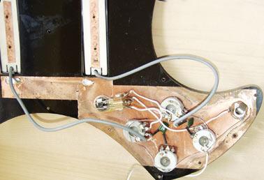 Guild B-302 wiring loom