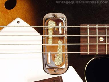 Harmony H22 Bass - DeArmond pickup detail