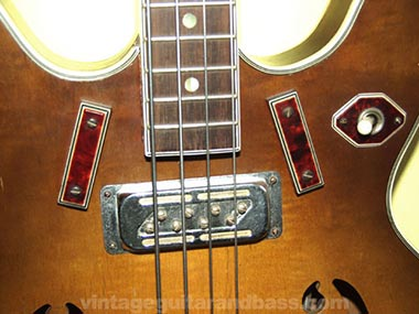 Harmony H27 Bass DeArmond pickup detail